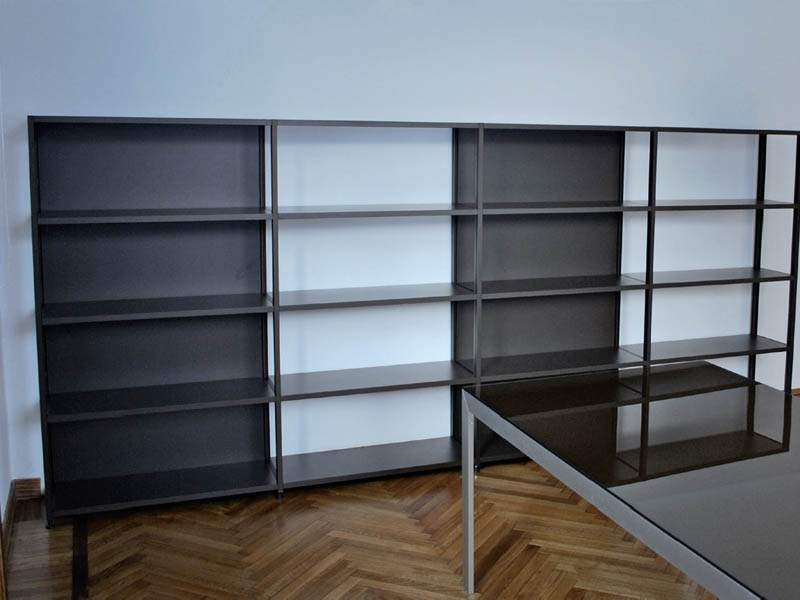 Aluminium profiles to realize freestanding sideboards